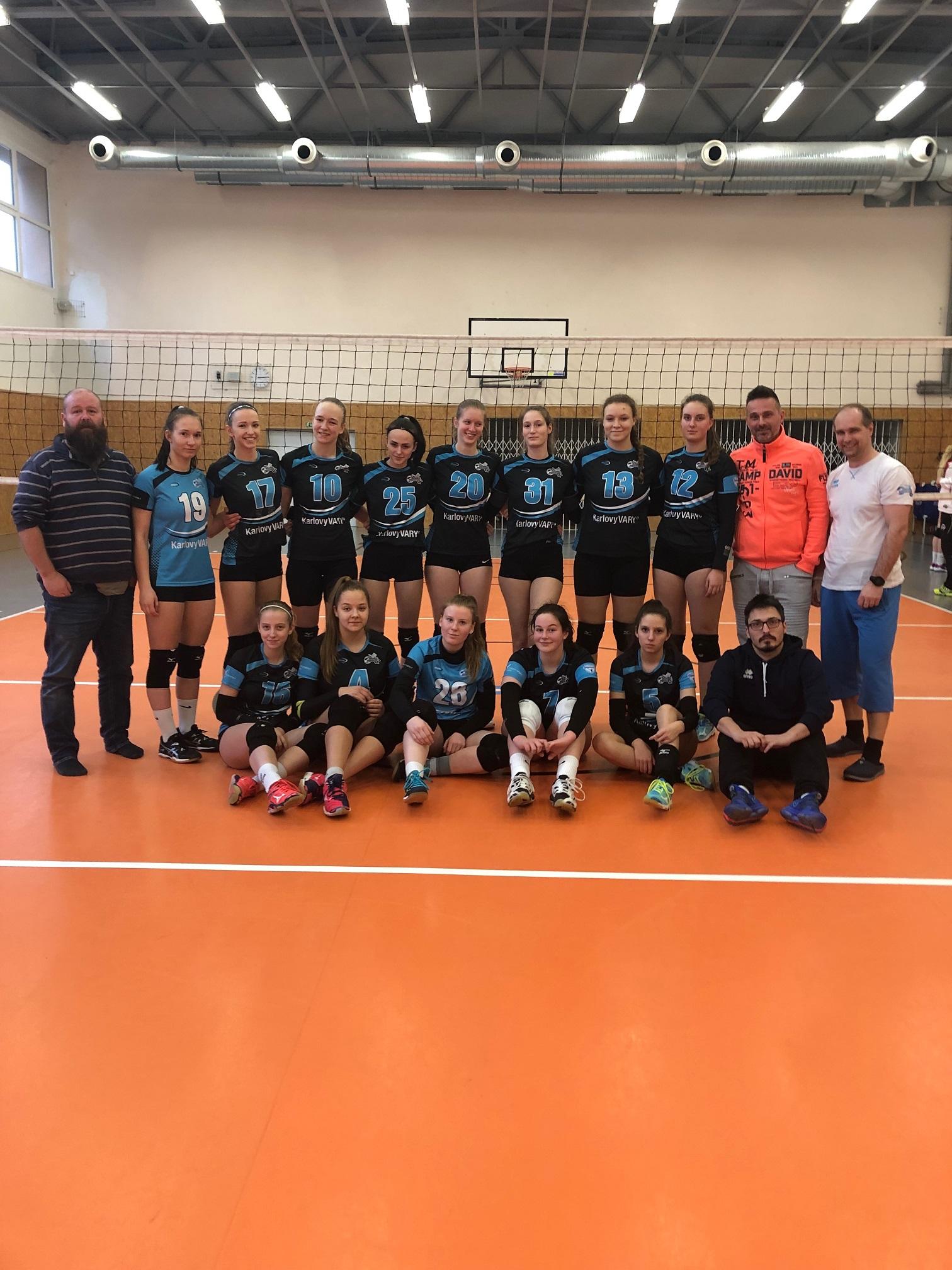 Foto: Kadetky uhrály důležitých 6 bodů v Kralupech po velkém boji - holky dííííky !!!!!