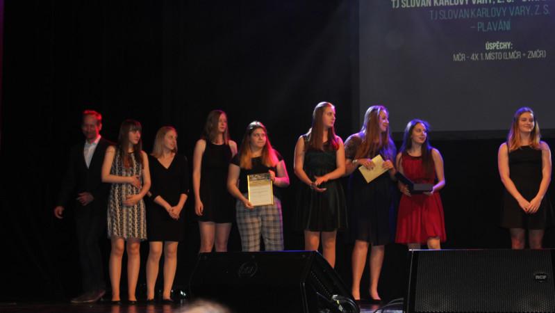 hráčky VK Karlovy Vary se staly úspěšným kolektivem Karlovarského kraje za rok 2018